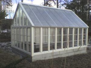 plasttak till växthus